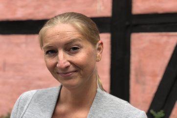 https://mussamtale.dk/wp-content/uploads/2021/06/Grå-jakke-3-JPG-1.jpg